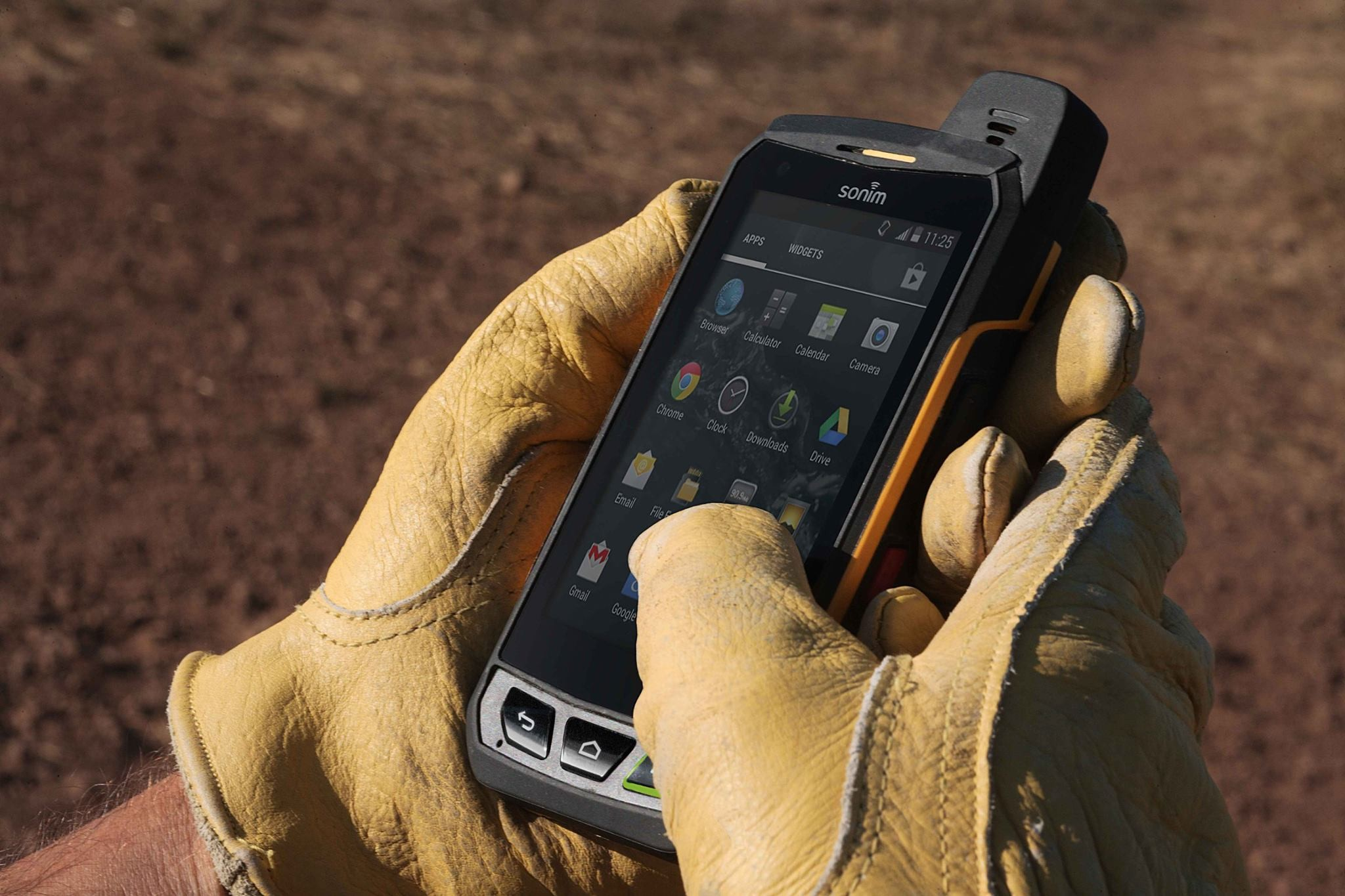 Defining Mobile Device Specifications Based on Work Environment